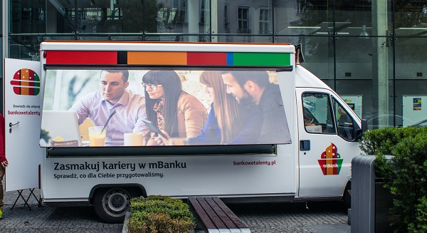 Foodtruck_mBank_small (1 of 12)